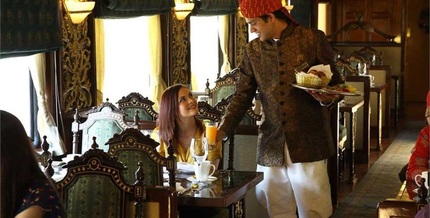 Maharajas' Express-Indijska Panorama-Mayur-Mahal-Restoran