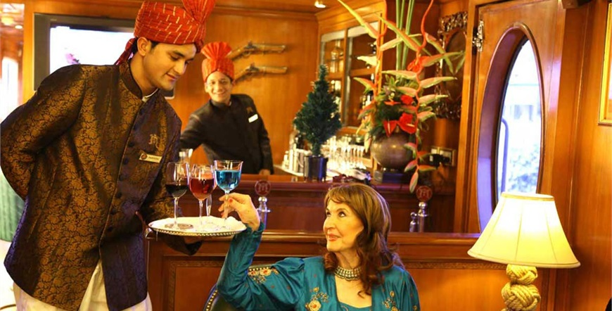 Maharaja's Express-Indijski Splendour-Lounge-Bar