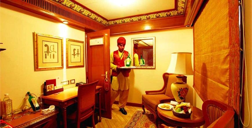 Maharajas' Express-Baština Indije-Train-Suite